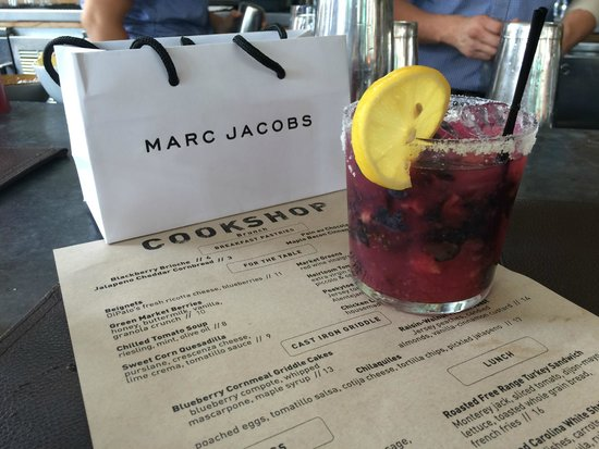 Cookshop: Blueberry Ginger Margarita + Mark Jacobs makeup