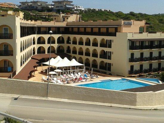 Calabona Hotel Alghero Sardegna: l'hotel visto dal Mirador