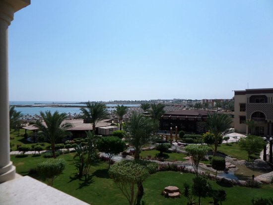 SENTIDO Mamlouk Palace Resort : View from our room, sea view room, nice and quiet