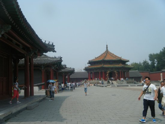 Shenyang Imperial Palace (Gu Gong): inside the palace complex