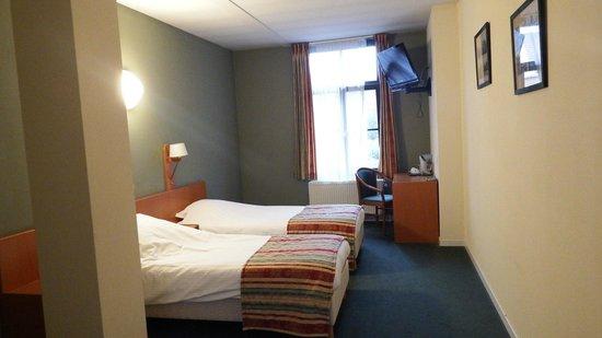 Hotel Brouwerij Het Anker: De kamer was ruim en het bed was uitstekend
