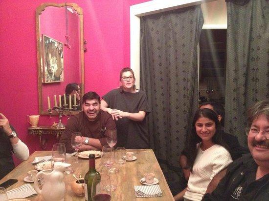 Adentro Dinner Club: Casal Kelly e Gabriel