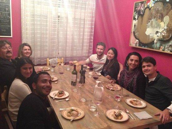 Adentro Dinner Club: Novos amigos