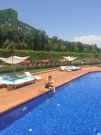 Maxx Royal Belek Golf Resort: Relax pool area, spacious