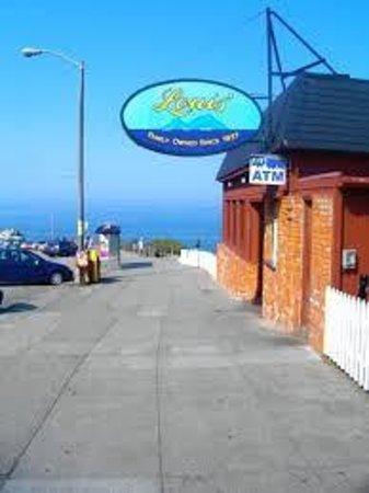 Louis' Restaurant : Louis' at Sutro Baths/Seal Rock