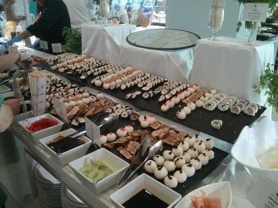 Iberostar Bouganville Playa: Sushi in the restaurant