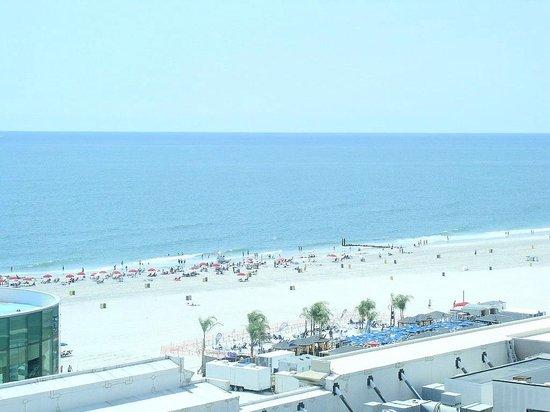 Caesars Atlantic City : Room View