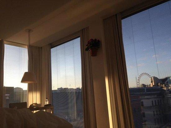 St Martins Lane London Hotel: 7am view
