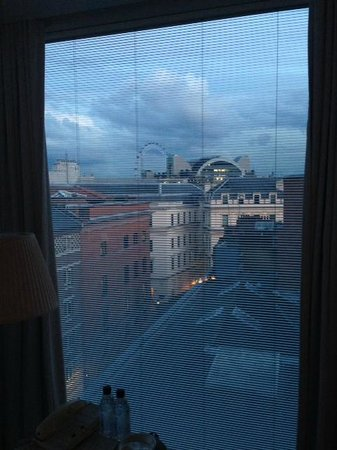 St Martins Lane London Hotel : Stone's throw from London Eye
