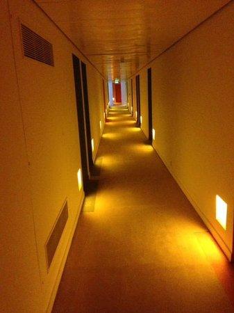 St Martins Lane London Hotel : Trendy corridors!