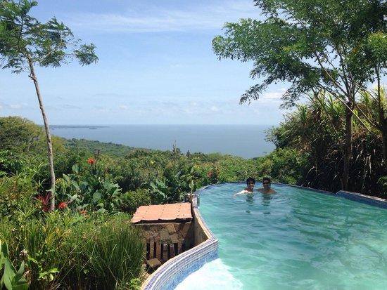Totoco Eco-Lodge : Wonderful infinity pool