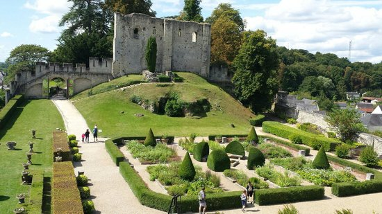 Chateau de Langeais: Castle gardens