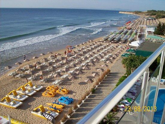 Aphrodite Beach Hotel: Utsikt fra balkongen mot stranda.