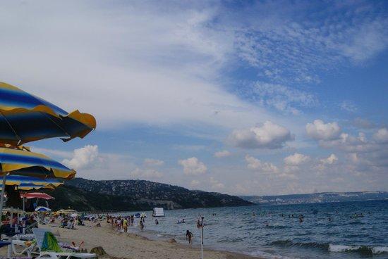 Hotel Sandy Beach: Beach