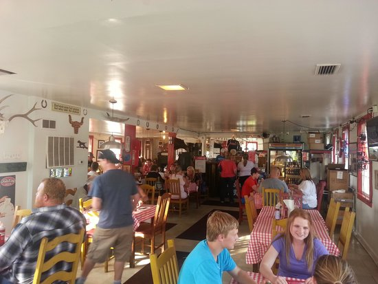 Red State BBQ: Lots of charm!