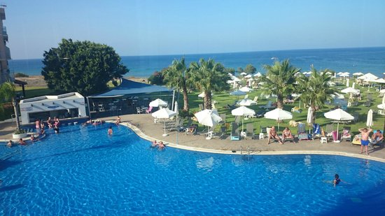 Atlantica Sea Breeze: Pool by day