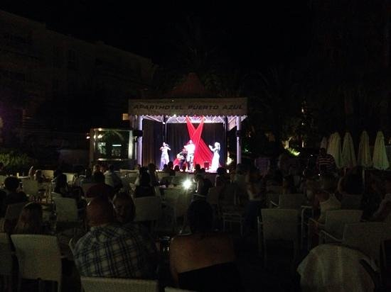 Puerto Azul Suite Hotel: Entertainment