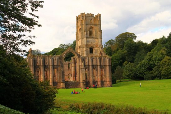 Fountains Abbey and Studley Royal Water Garden: A view of the Abbey