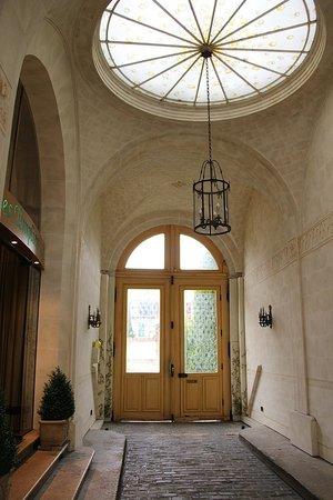 Grand Hotel des Templiers : Hotel entrance