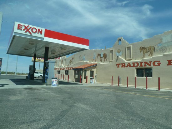 Bowlin's Running Indian: Gas Station at Bowlins