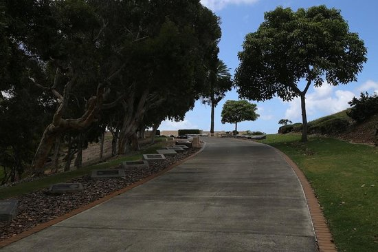 National Memorial Cemetery of the Pacific: path to view point
