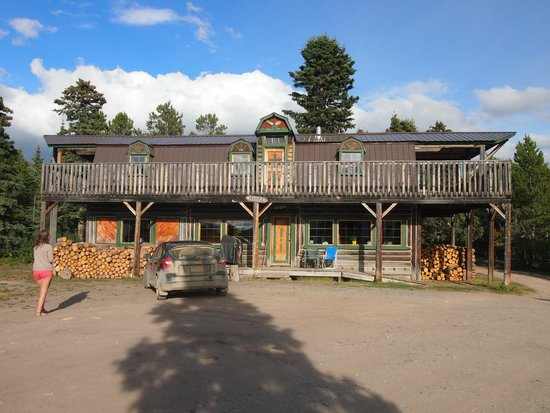 Sky High Wilderness Ranch: The main lodge