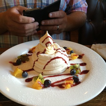 The Blacksmiths Arms: Meringue (August 2014)