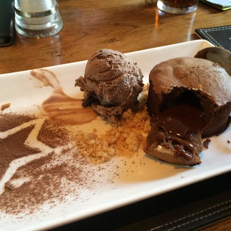 The Blacksmiths Arms: Chocolate Fondant (Aug 2014)