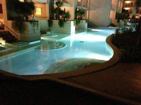 Paradisus Playa Del Carmen La Esmeralda: swim up room - not ours