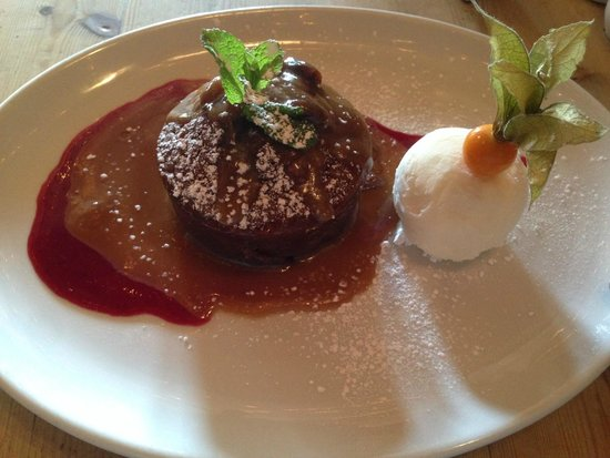 The Bishops: Sticky toffee pudding - yumm!