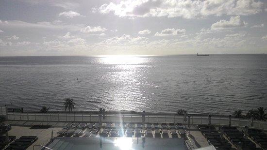 W Fort Lauderdale: VISTA DESDE LA SUITE
