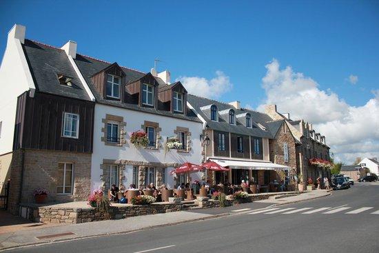 Hostellerie de la Pointe Saint-Mathieu : Vue avant de l'hôtel