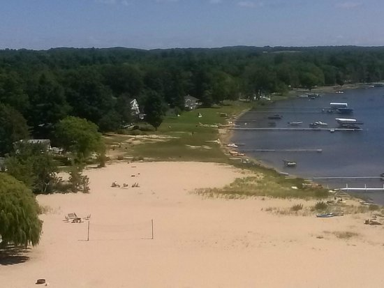 Silver Lake Sand Dunes: The coast of Silver Lake
