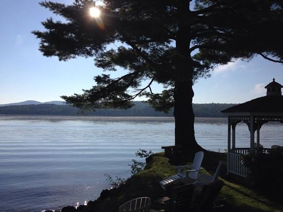 The Lake House at Ferry Point: August morning sunrise