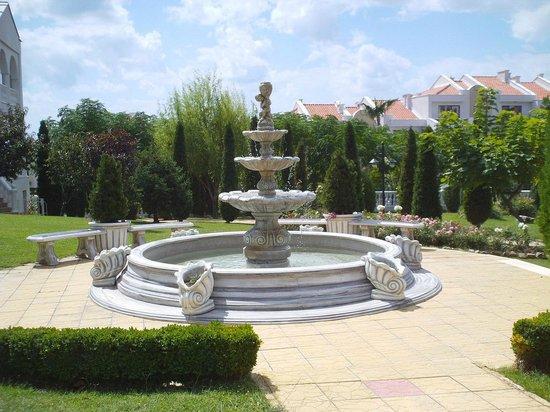 The South Beach Hotel: фонтан во дворе