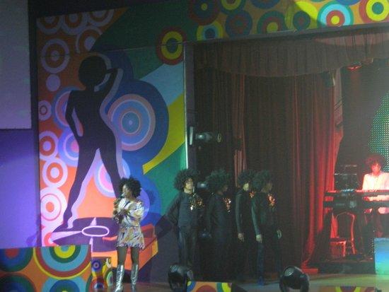 Iberostar Grand Hotel Bavaro: spectacle BOOGIE NIGHT