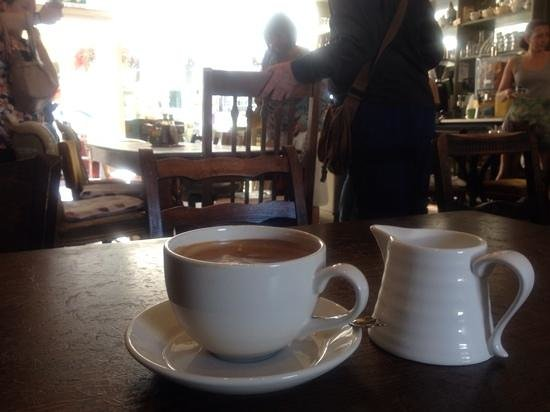 Juliet's Cafe: lovely strong coffee!!!