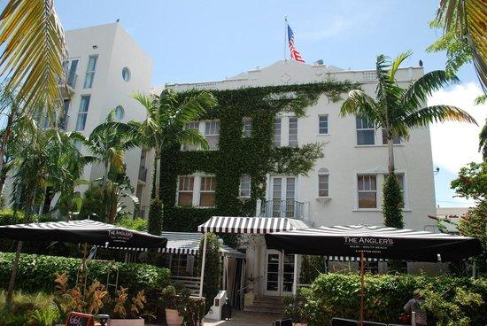 Kimpton Angler's Hotel: Entrance