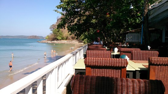 Beach Terrace Hotel Krabi: breakfast