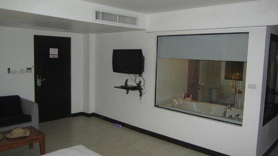 Beach Terrace Hotel Krabi: room