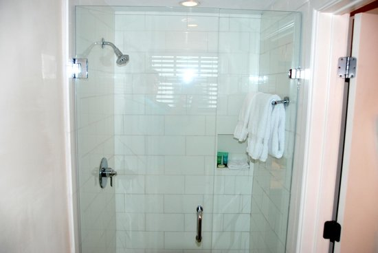 Kimpton Angler's Hotel : Bathroom