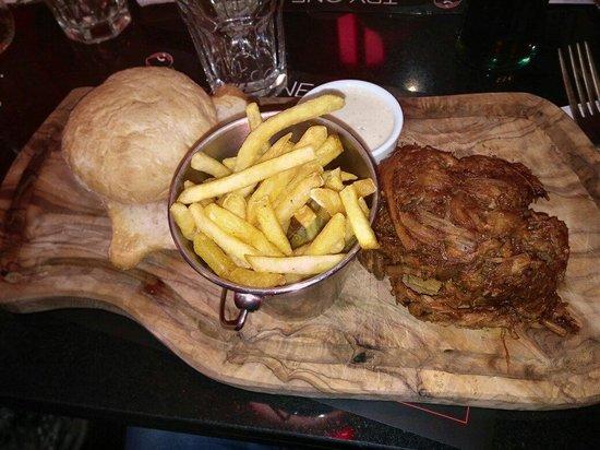 Angus Steakhouse: Pullet pork, very good ;)