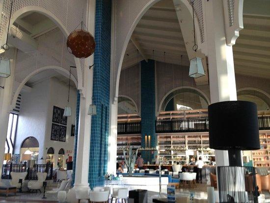 H10 Timanfaya Palace: lobby