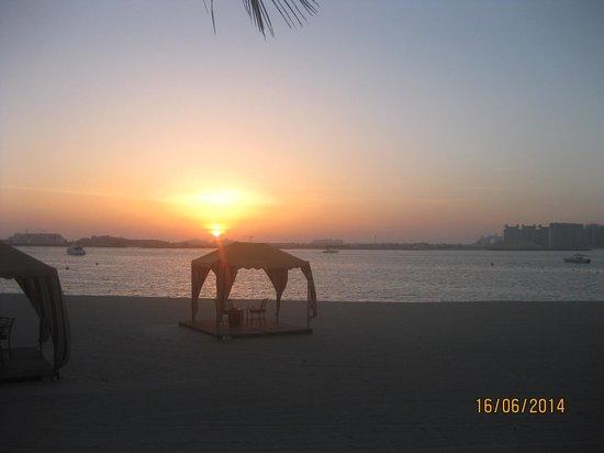 The Palace at One&Only Royal Mirage Dubai : Sonnenuntergang am Strand
