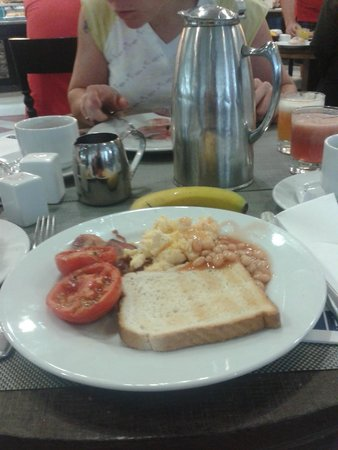 H10 Timanfaya Palace: frühstück
