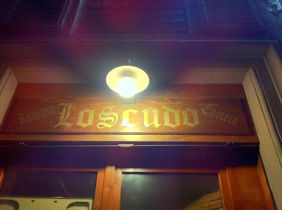 Lo Scudo : entrance