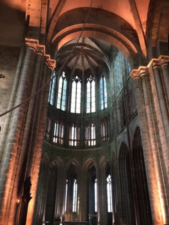 Abbaye du Mont-Saint-Michel : Breathtaking interior!