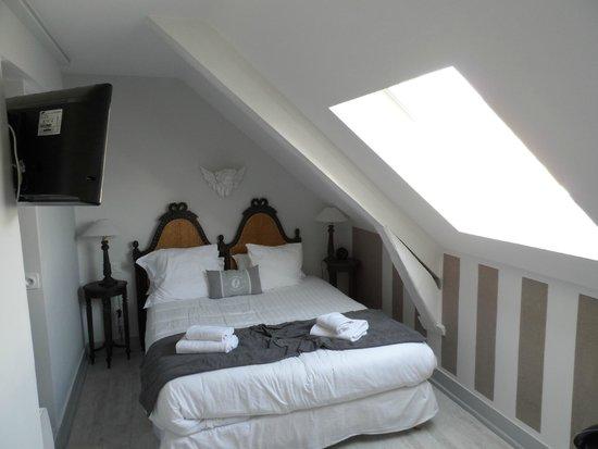 Hotel la Robéyère: Chambre standard 3ème etage