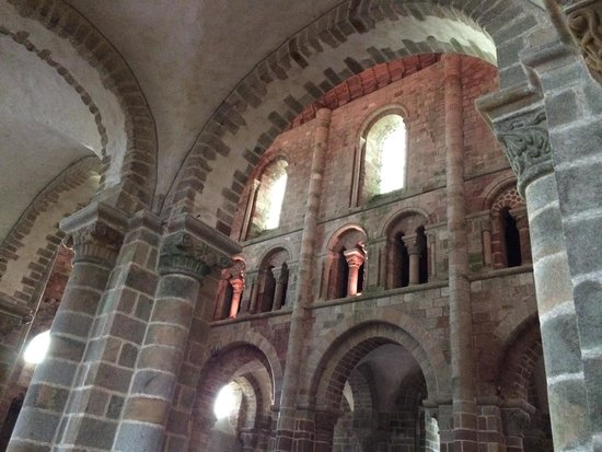 Abbaye du Mont-Saint-Michel : Another interior photo that doesn't begin to tell of a fabulous interior to this Abbey