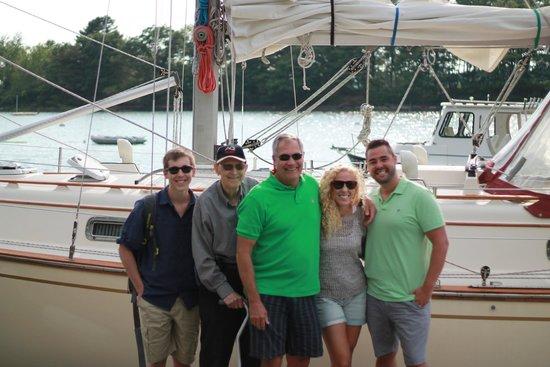 Sail Casco - Tours: Family Photo post sail